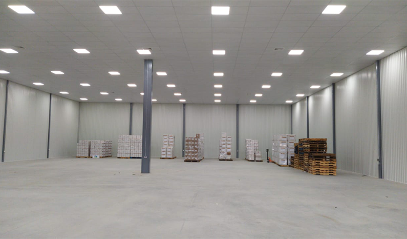 January 2021 - First industrial space 1000 m2 delivered to a customer